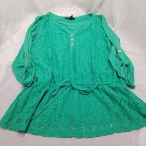 Style & Co Women's Green Lace Front Top Sz M